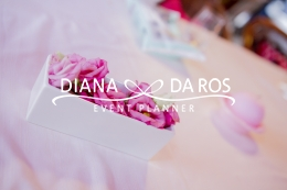 pink flowers (Diana Da Ros - Event Planner)