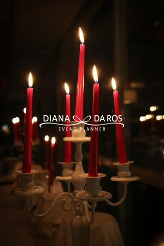 candelabro-con-candele-rosse