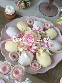 Favors pink (Diana Da Ros - Event Planner)