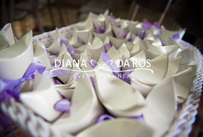 Matrimonio Tema Lilla : Conetti lilla matrimonio farfalle