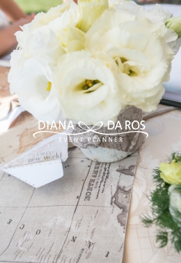 Travel themed wedding decorations (Diana Da Ros - Event Planner)